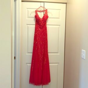 Cache formal gown